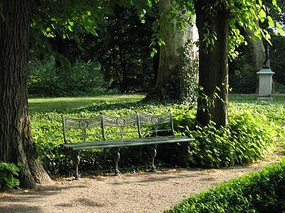 Bench at Schloss Glienicke, by Grace Kerina